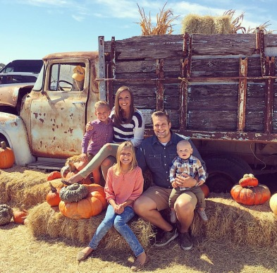 sweet-berry-farms-family-2016